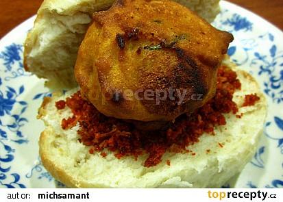 Vada pav - indicky snack