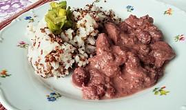 Višňové kuřecí nudličky s quinoou a rýží