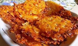Parmazánové chipsy