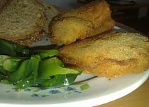 Plněné sojové plátky s chlebovými topinkami