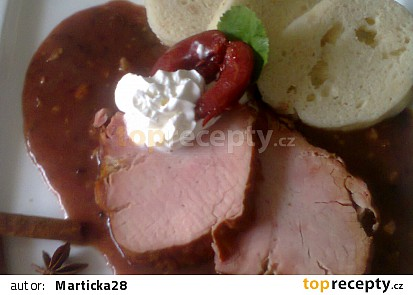 Uzené maso s trnkovou omáčkou