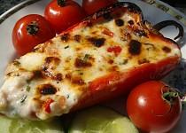 Zapečená plněná paprika se sýrem