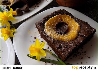 Kakaové řezy s pomerančem a pralinkami