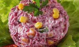 Salát z kysaného červeného zelí