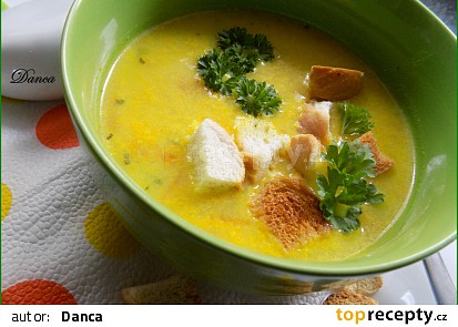 Jarní zeleninová polévka s kari