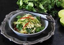 Thajský salát z ředkve a okurky