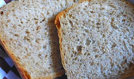 Chléb se žitnou lámankou