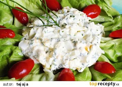 Salát  z vajec a cibule