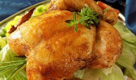 Šťavnaté bylinkové kuře pečené na hrubé soli