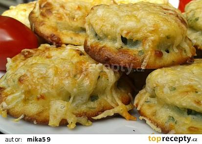 Zdravá cuketa v sýrovém těstíčku - pečená v troubě