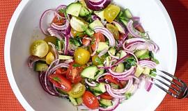 Dvojctihodný rajčatový salát