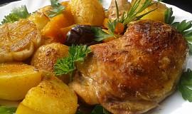 Kuře pečené s dýní a novými bramborami