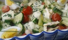 Teplý salát se sýrem