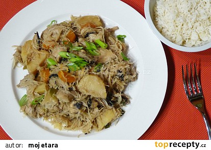 Dušené kuře se zeleninou po korejsku