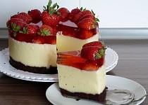 Krupicovo-pudinkový letní dort