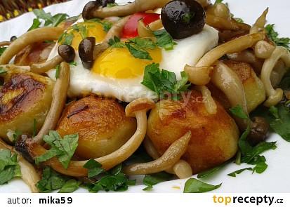 Opečené brambory s houbami shimeji