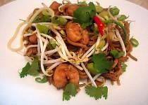 Asijské nudle s krevetami