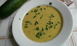 Cuketová polévka se zázvorem a citronem