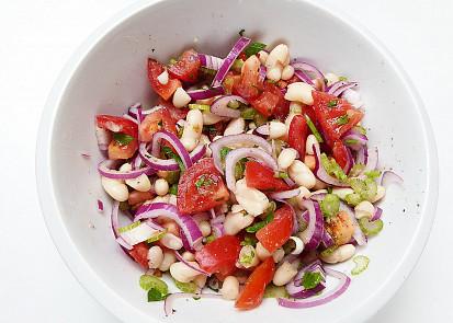 Červeno-bílý salát
