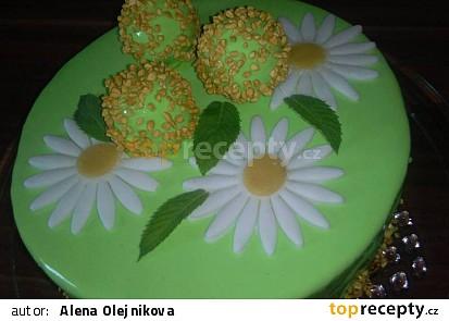 MOUSSE CARAMEL APPLE CAKE