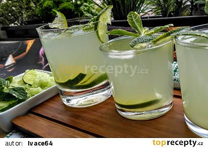 Okurkovo- limetková limonáda