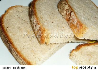 Světlý podmáslový chléb z remosky