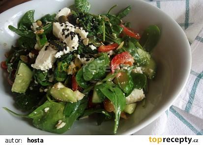 Salát z baby špenátu
