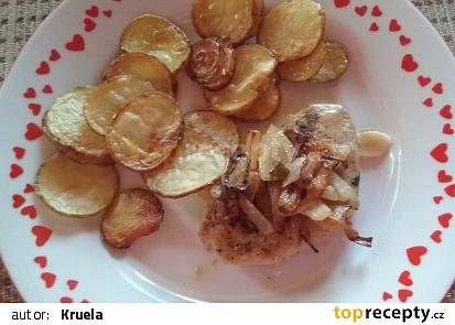 Vepřové kotletky s česnekem, čerstvou majoránkou a cibulkou