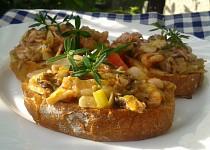 Bruschetta s mořskými plody