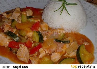 Minutkové kuřecí s letní zeleninou