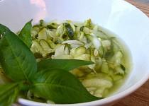 Okurkový salát (bez zavařování)