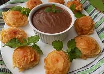 Meruňky v těstíčku s čokoládovým krémem