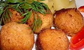 Sýrové kuličky s česnekem a bylinkami