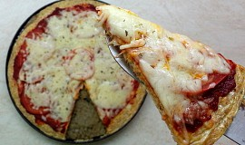 Zdravá pizza (tvarohovo-ovesná)