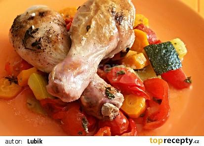 Kuřecí paličky v bylinkové marinované zelenině