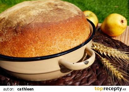 Pšenično-žitný chleba z mísy