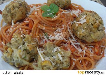 Špagety s kuličkami z lilku