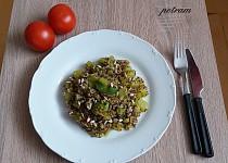 Cuketa s quinoou na kari