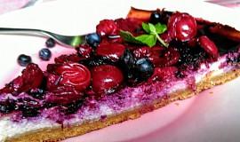 Višňovo-borůvkový cheesecake