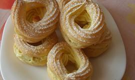 Žloutkové věnečky s italským žloutkovým krémem