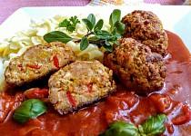 Kuřecí válečky  s rajčatovo-cuketovou směsí