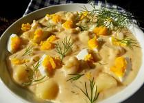 Zadělávaný květák s brambory a koprem