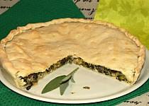 Slaný koláč plněný mangoldem