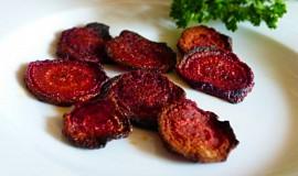Chipsy z červené řepy