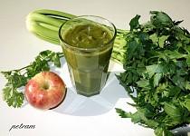 Detoxikační smoothie řapík-koriandr-zázvor-jablko