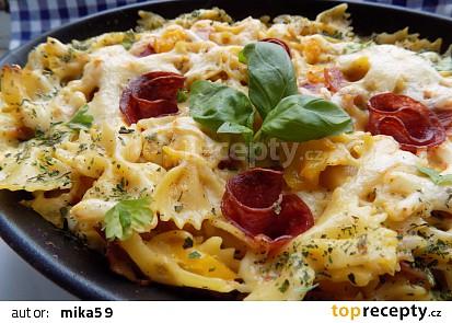 Pečené (nevařené) těstoviny se šunkou a sýrem