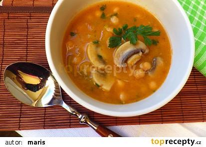 Pikantní žampionová polévka s cizrnou