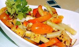 Tofu salát s těstovinami