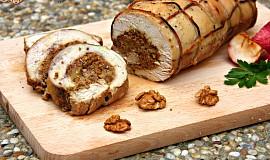 Krůtí roláda s ořechovo-jablečnou nádivkou