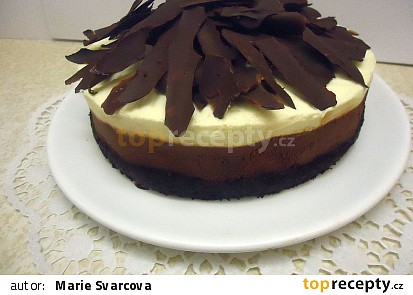 Čokoládový pěnový dort.